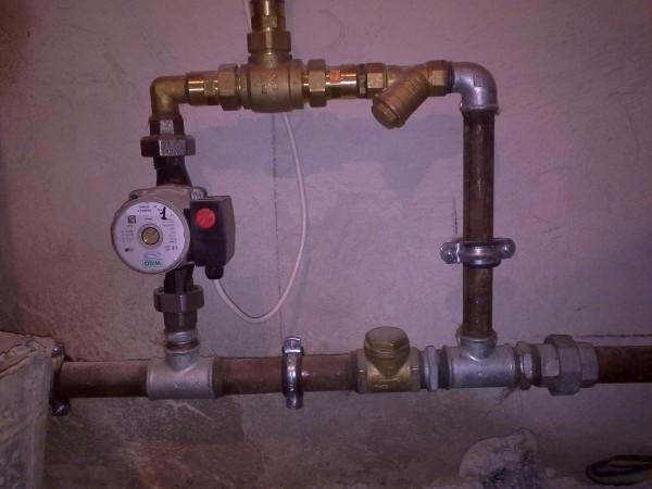 перепускной клапан при обвязке твердотопливного котла